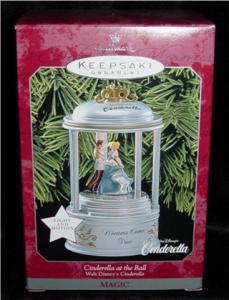 Hallmark Ornament Cinderella at the Ball (Image1)