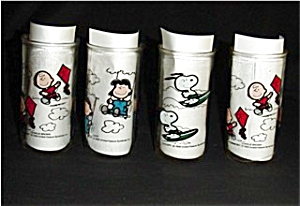 Peanuts Dirnking Glasses Set of 4 (Image1)