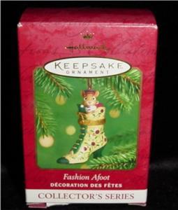 Fashion Afoot Hallmark 2001 Ornament (Image1)