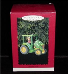 Holiday Haul Hallmark Ornament (Image1)