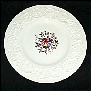 Wedgewood China Swansea Pattern Dinner Plate (Image1)