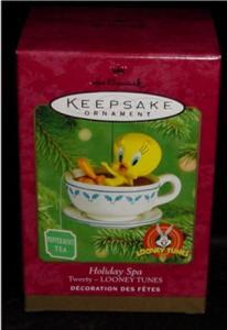 Holiday Spa Tweety Hallmark Ornament (Image1)