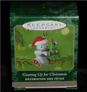 Gearing Up for Christmas Mini Hallmark Orn (Image1)
