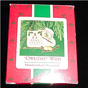 Owliday Wish Hallmark Ornament (Image1)