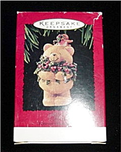 Forever Friends Hallmark Ornament (Image1)