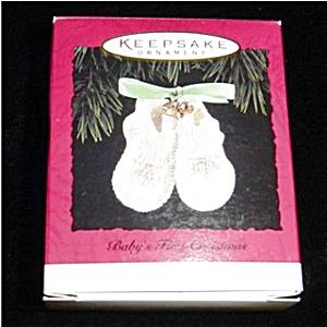 Baby's First Christmas 1994 Hallmark Ornament (Image1)