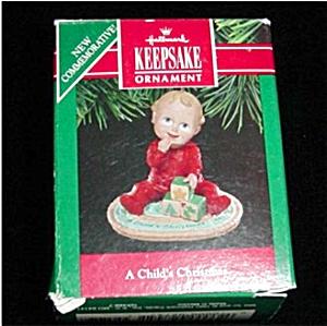 A Child's Christmas Hallmark Ornament (Image1)