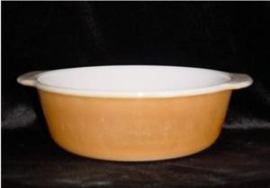 Fire King 2 Quart Casserole Dish (Image1)