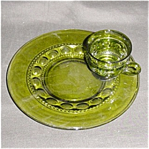 Green Thumbprint  Indiana Cup and Tray Set (Image1)