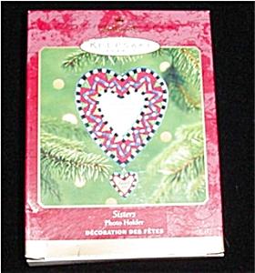 2001 Sisters Hallmark Ornament (Image1)
