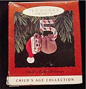 1993 Child's 5th Christmas Hallmark Ornament (Image1)
