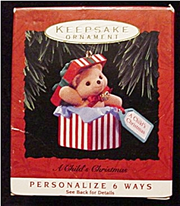 1993 Child's Christmas Hallmark Ornament (Image1)