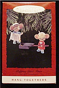 1993 Popping Good Times Hallmark Ornament (Image1)
