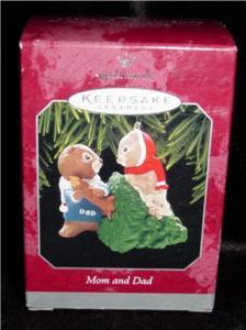 Mom and Dad 1998 Hallmark Ornament (Image1)