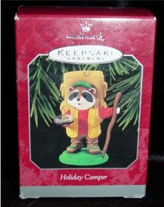 Holiday Camper Hallmark Ornament (Image1)