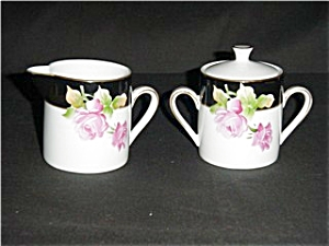 Lefton Sugar and Creamer Set (Image1)