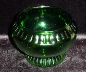 Green Napco Flower Pot (Image1)