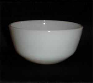 Fire King Mixing Bowl (Image1)