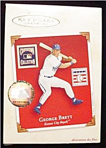2002 George Brett Hallmark Ornament (Image1)
