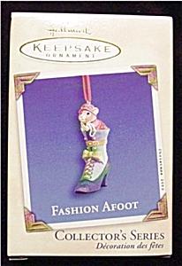 2002 Fashion Afoot Hallmark Ornament (Image1)