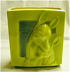 Vintage Deer and Fawn Planter (Image1)
