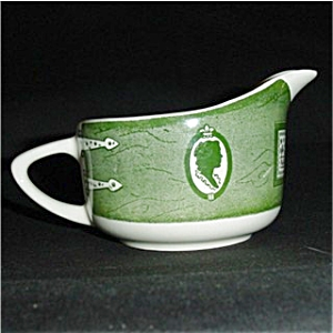 Colonial Homestead Pattern Creamer (Image1)