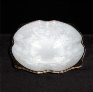 Milk Glass Grape Vine Pattern Bowl (Image1)