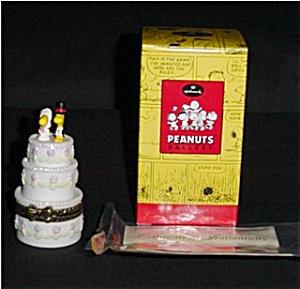 Snoopy Peanuts Gallery Lovebirds Box (Image1)