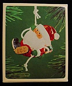 1983 Santa Mountain Climber Ornament (Image1)