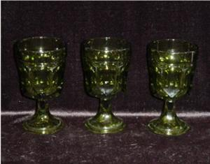 Set of 3 Green Water Goblets (Image1)