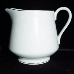 Norleans China White Lace Creamer (Image1)