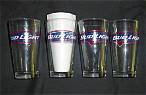 Bud Light Beer Glasses  (Image1)