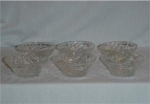 Click here to enlarge image and see more about item 1018: Anchor Hocking Prescut Oatmeal Berry Bowls