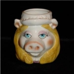 Click here to enlarge image and see more about item 1046: Sigma Miss.  Piggy Ceramic Mug