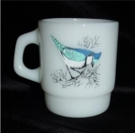 Click here to enlarge image and see more about item 1059: Fire King Bird Mug