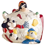 Click here to enlarge image and see more about item 1165s: Disney Mickey and Friends Skiing Cookie Jar