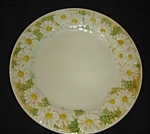 Click here to enlarge image and see more about item 1294s: Metlox Poppytrail Daisy Dinner Plate