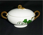 Click here to enlarge image and see more about item 144s: Metlox California Ivy Sugar Bowl