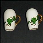 Click here to enlarge image and see more about item 147s: Metlox California Ivy Salt & Pepper Shakers