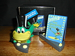 Warner Bros. Michigan Frog Salt & Pepper Set