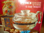 Click here to enlarge image and see more about item 2380s: Pyrex Ware 6 cup Tea Pot