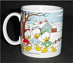 Click here to enlarge image and see more about item 556s:  Disney Mug