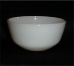 Click here to enlarge image and see more about item 627: Fire King Mixing Bowl