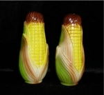 Click here to enlarge image and see more about item 634: Corn Salt and Pepper Shakers