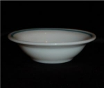 Click here to enlarge image and see more about item 691: Pyrex Berry Bowl