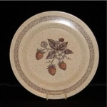 Click here to enlarge image and see more about item 731: Homer Laughlin Dinner Plate