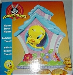 Click here to enlarge image and see more about item 802s: Looney Tunes Tweety Bird Cookie Jar