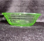 Click here to enlarge image and see more about item 823: Green Glass Berry Bowl