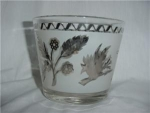 Click here to enlarge image and see more about item 877: Silver Design Ice Bucket