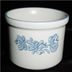 Click here to enlarge image and see more about item 984: Pfaltzgraff Custard Bowl